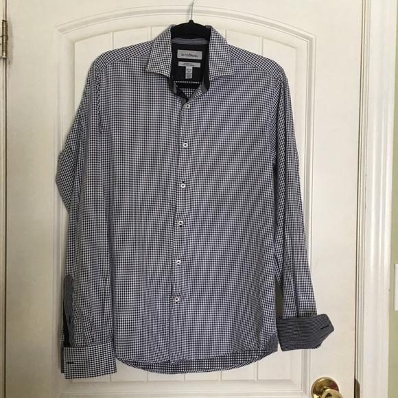Le Chateau Men's Tailored Fit Dress Shirt